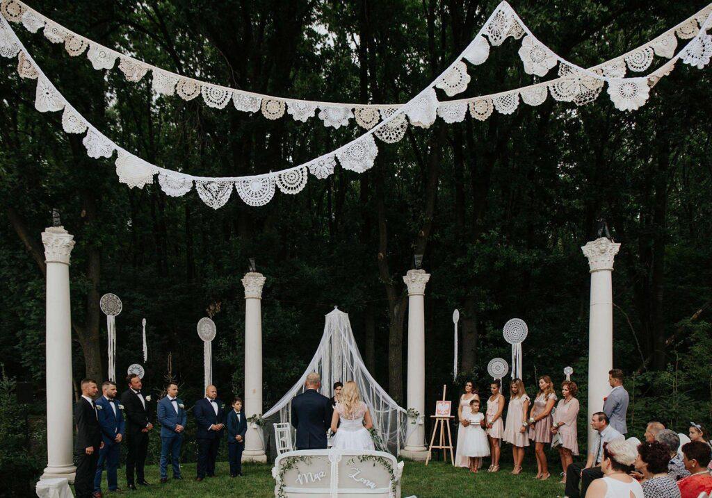 BOHO koronkowy Ślub w plenerze