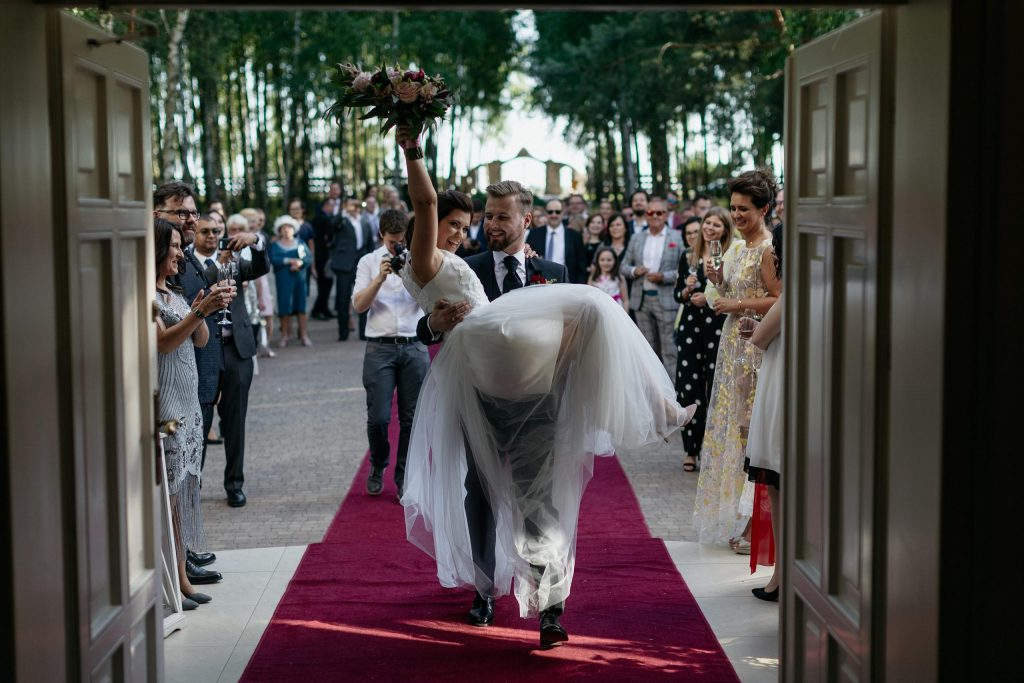 Ślub plenerowy i wesele w stylu rockowym Złotopolska Dolina