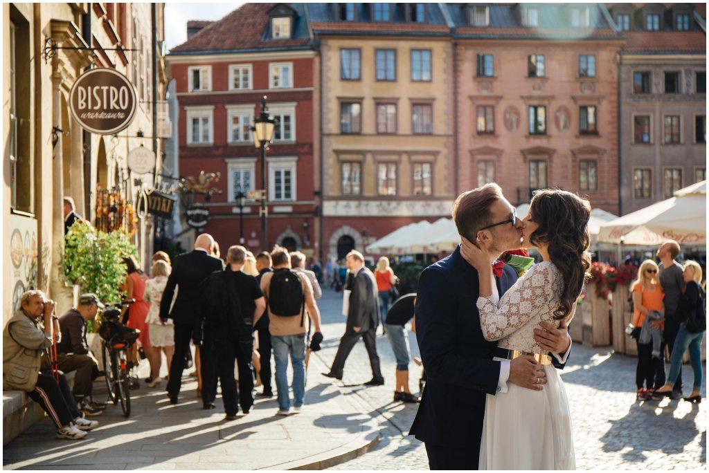 Kameralny Ślub na Warszawskiej Starówce w Bistro